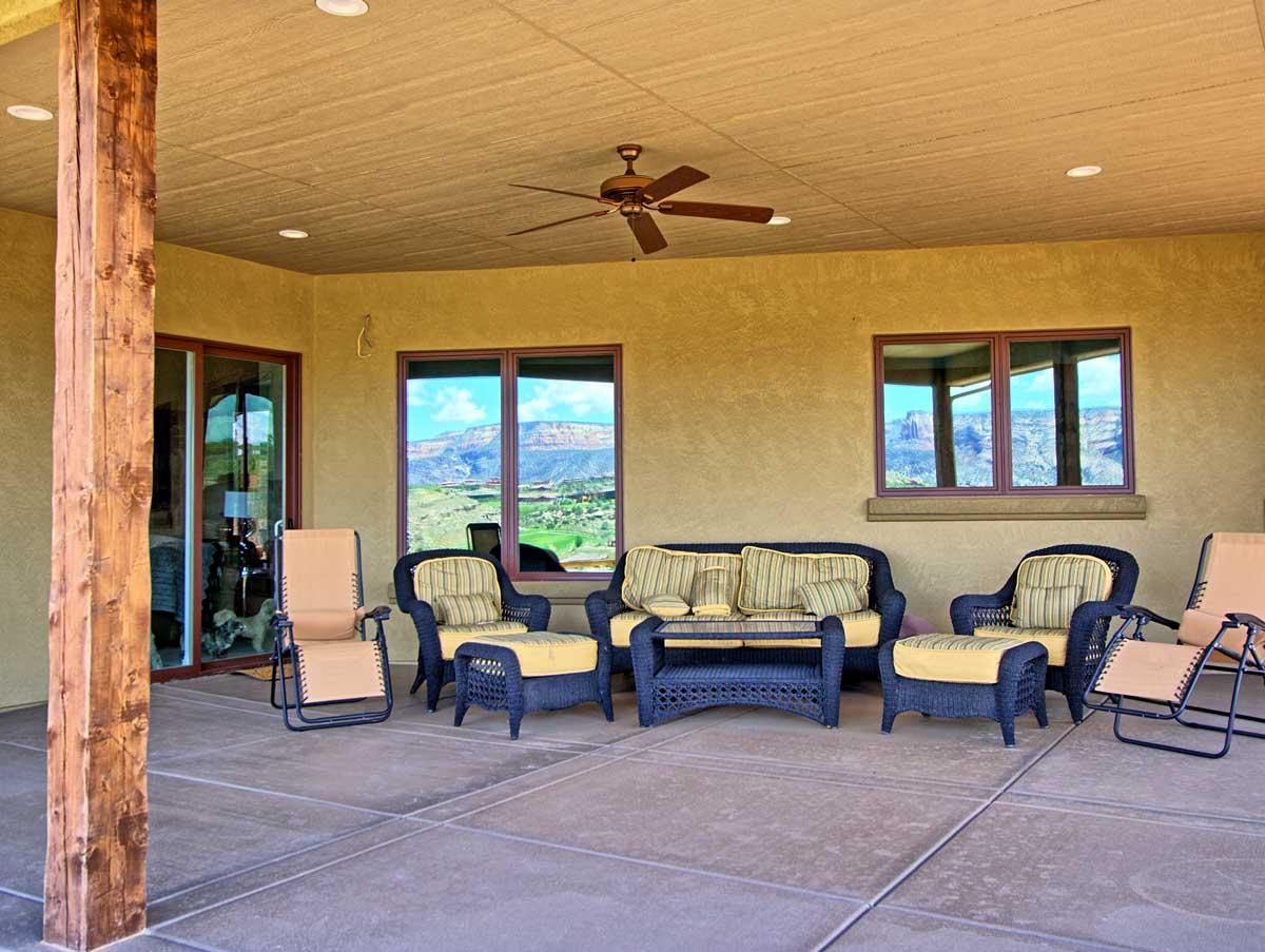 Redlands Mesa Homes - Living on the
